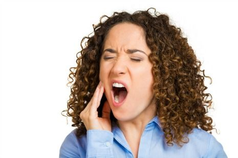 Side effects of chewing gum include jaw pain
