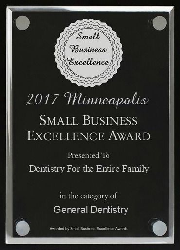 Dentistry for the Entire Family receives 2017 Minneapolis Small Business Excellence Award