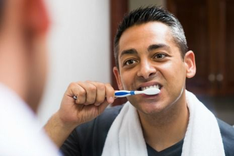 Reverse gingivitis by brushing teeth twice daily